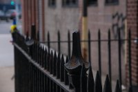 żelazne ogrodzenie